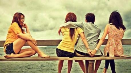 Высокие отношения: «акт любви» «Укрзализныци», презервативы Нацбанка и аферисты КГГА