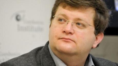 Подвиг нардепа: Арьев сообщил в полицию о безобразиях на «Дискотеке 80-х»