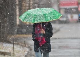 Прогноз погоды: на выходных в Украину придет похолодание и зальют дожди (карта)