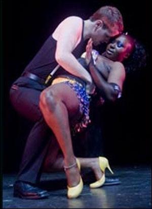 striptiz-porno-rolik