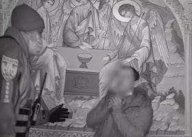 В Киеве мужчина ворвался в церковь и угрожал совершить самоубийство