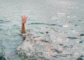 На Киевщине утонули три человека, еще один умер в скорой