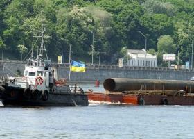 Заветам Гройсмана верны: Гончарук озаботился остатками речного флота
