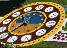 Цветочные часы на Майдане ожидает непонятное будущее