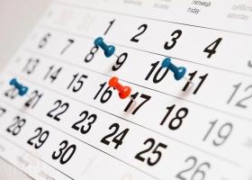 Кабмин перенес рабочие дни в 2021 году