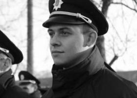 Патрульный, попавший в аварию на служебном авто в Луцке, умер в больнице