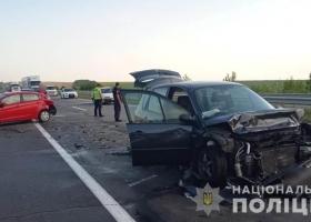Жуткая авария на Одесчине: столкнулись три автомобиля, среди пострадавших - дети