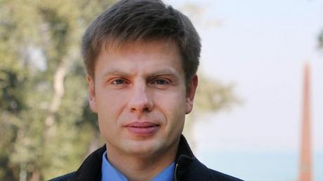 Раздвоение личности: Гончаренко обрушился на нечестную ЦИК, насчитавшую победу Порошенко