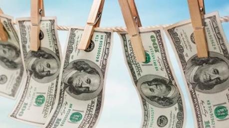 Маразмы дня: крутые бабки, рисковый Арахамия и образцовая экономия Кличко