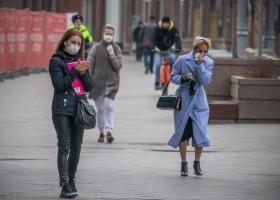 Времени совсем не осталось: озвучены два прогноза всплеска коронавируса в Украине