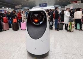 Робот-полицейский попытается заслужить доверие работать без помощи человека