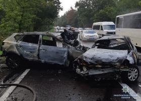 В результате аварии на Старообуховской трассе сгорела семья