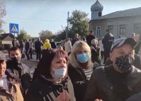 Протестующие из-за карантина перекрыли трассу Одесса-Рени