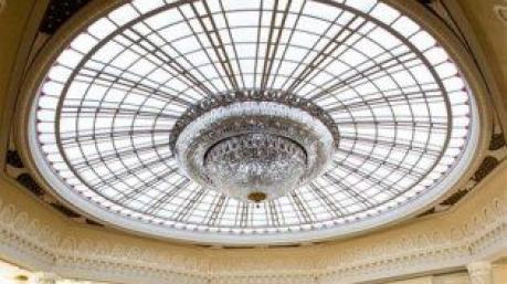Маразмы дня: покушение на купол Рады и все, что с этим связано