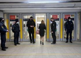 Локдаун в Киеве до мая: как будет работать метро и другой общественный транспорт