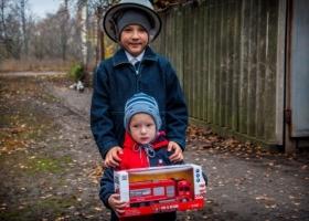 9-летний мальчишка спас из огня своего двухлетнего брата и получил награду