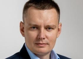 В 220 округе Киева кандидат Окопный призывает голосовать за Лещенко голосом Зеленского