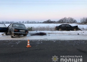 На трассе под Одессой водитель дерзко нарушил ПДД и погиб на месте: подробности жуткой аварии