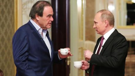 Маразмы дня: кино и Путин, наяды Верховной Рады, длинный язык Парубия и «сэм-восэм» Гройсмана