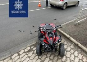 В Мариуполе 4-летний ребенок выехал на проезжую часть и попал под колеса авто