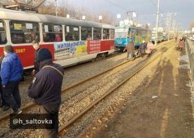 Тарифный бунт в Харькове: движение трамваев было парализовано (ФОТО)