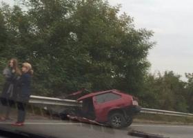 В ДТП машину разорвало на пополам (ФОТО)