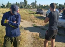 """В день тишины в Бердянске задержали """"слугу народа"""" с агитпродукцией"""