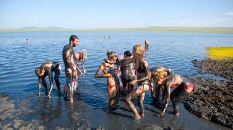 «Киевэнерго» предлагает киевлянам мыться летом в озерах и реках