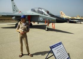 Как Израиль отметил 70-ти летие: народ потянулся на военные базы