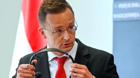 Венгрия продолжает вести грязную игру против Украины