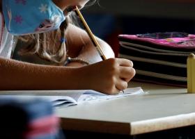Инфекционист назвала возможную дату полного закрытия школ и садиков из-за коронавируса