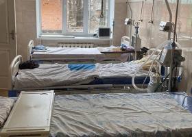 Из-за роста заболеваемости во Львовской области больницы готовят COVID-отделения