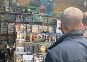 В Киеве на базаре продавали данные о 32 миллионах украинцев