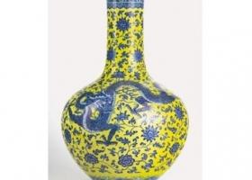 Синих драконов на желтом фоне продали в Женеве за 5,4 млн евро