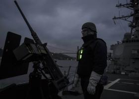 Уже два ракетных эсминца США бороздят воды Черного моря