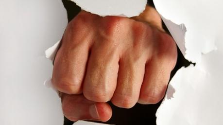 Маразмы дня: шансон для ССУ, самопожертвование Яценюка и спасительный кулак Кивы