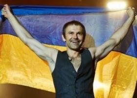 Вакарчук покинул Украину