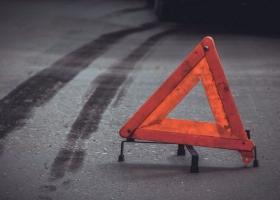 В Киеве столкнулись сразу шесть авто, движение парализовано: видео масштабного ДТП