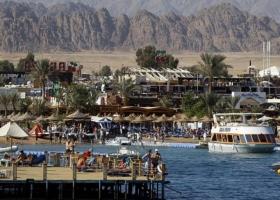 Закрываются рестораны, торговые центры и парки: в Египте вводят локдаун