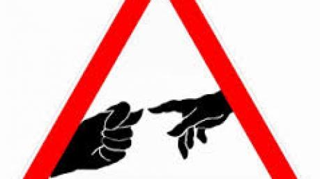Маразмы дня: депутатские гаджеты, супрематист Парубий и кризис доверия в Нацполиции