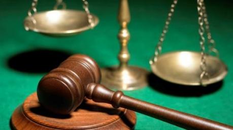 Две толпы у одного суда: в чем разница между Насировым и Мартыненко?
