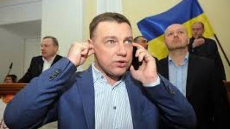 Полиция объявила «Перехват»: все на поисках страшных  злодеев, обливших депутата Куприя вонючей жидкостью