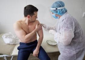Как чувствует себя Зеленский после вакцинации от коронавируса: Степанов рассказал