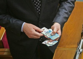Темная сторона Рады: 19 июня в сессионном зале «зарегистрировался» покойный Тымчук