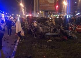В Харькове Infiniti на бешеной скорости врезалась в другое авто: трое пострадавших и один погибший