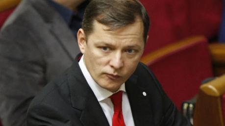 Праздничные маразмы: ум и память Януковича, тайна указа Порошенко и экономия на депутатах