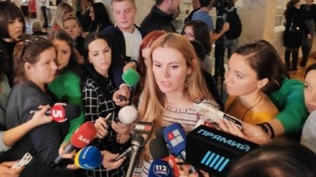 Получите и распишитесь: изгнанная Скороход рассказала про зарплаты в конвертах для депутатов «СН»